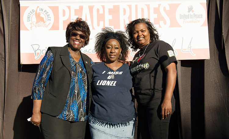 Cease Fire Association Join The Peace Rides In Compton, California
